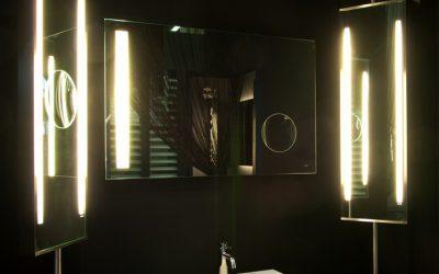 Turnable LED: la specchiera illuminata girevole | Monteleone