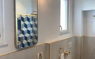 Polluce: la specchiera con angoli smussati e dal design italiano